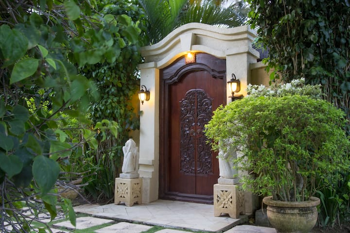 Bali Emerald Villas Complex, Villa A-10