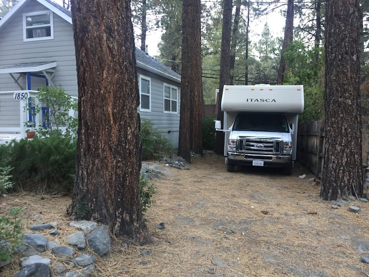 Wrightwood Camper/RV