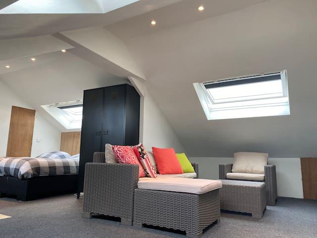 Own floor+apartment(shared) near Utrecht/Amsterdam