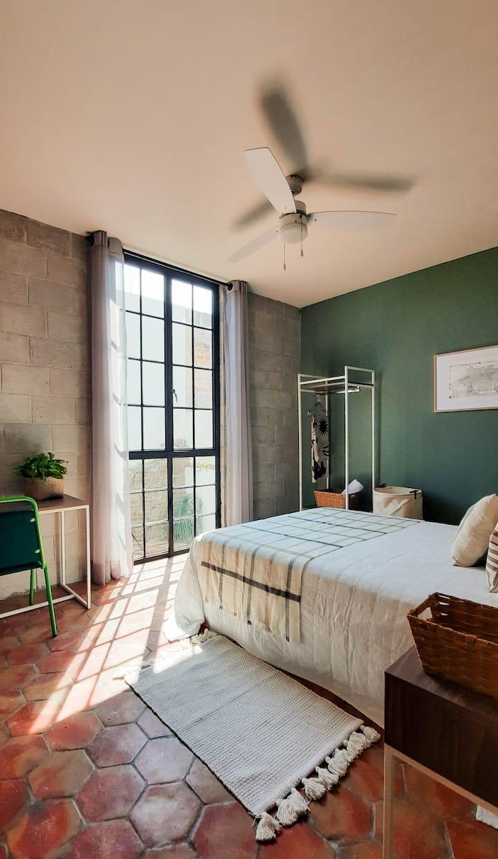 Habitación privada en Guadalajara con baño