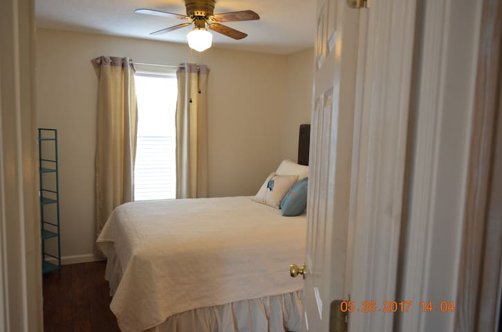 3BR 2 BA Home !  Request for private entire house