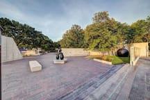 Cullen Sculpture Garden (1 mile) (3 mins drive)