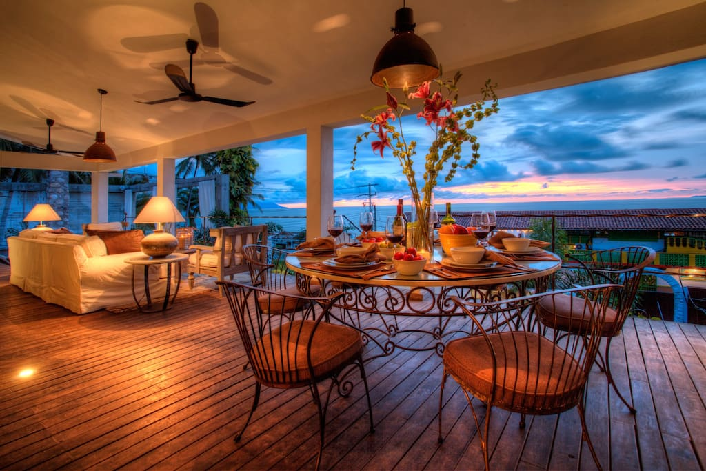 Entertainers deck with sunsets on tap!