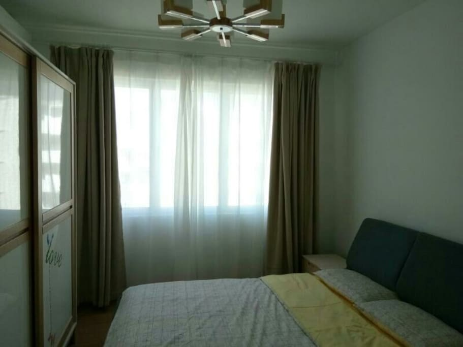 Room 3 with Queen bed