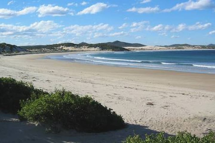 Guidebook for One Mile Escape, Port Stephens
