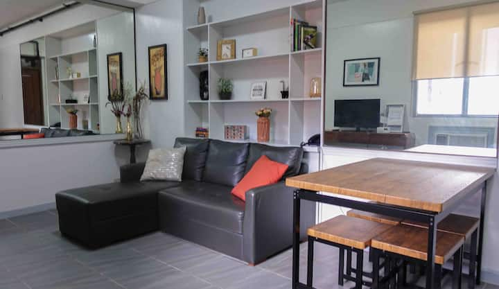 Professionally Cleaned, Makati Ave, 1 Bedroom Unit