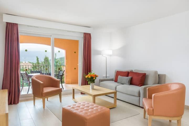 Appartement Confortable 15 minutes de la Côte d'Azur   Accès Piscine + Court de Tennis