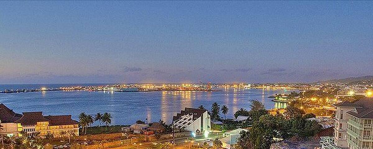 LOFT DELUXE  PAPEETE CITY CENTRE front de mer