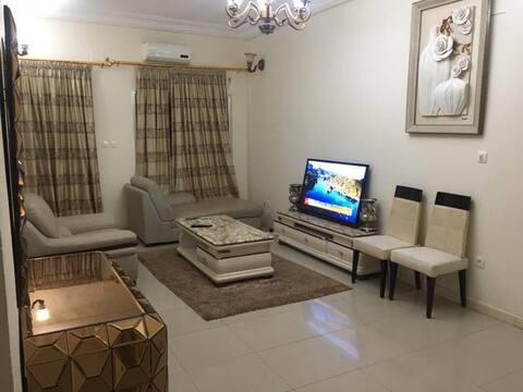 Grand appartement 2 chambres, séjour et cuisine
