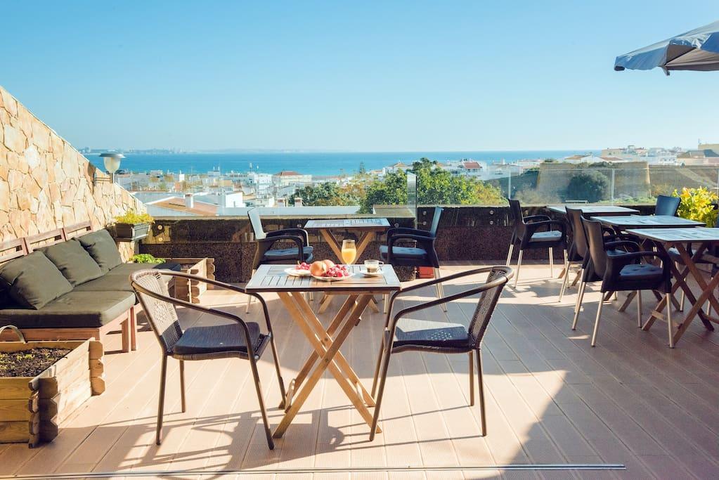 Common Lounge/terrace