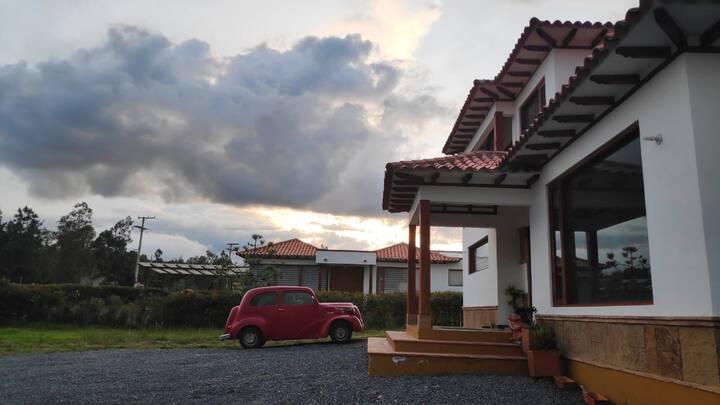 Casa villa de Leyva (solo primer piso)