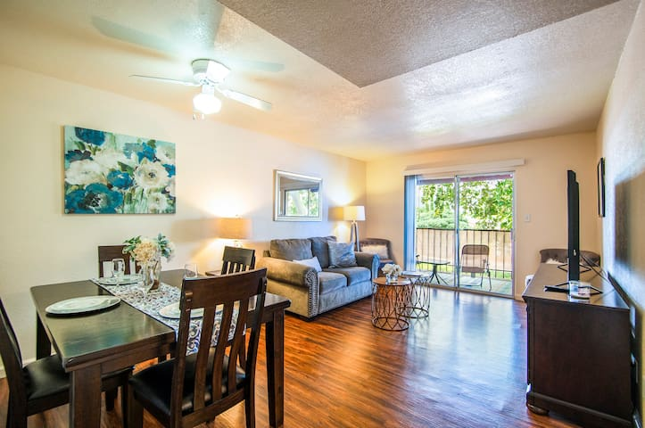 Sierra Vista fully furnished 2bd/2b with amenities