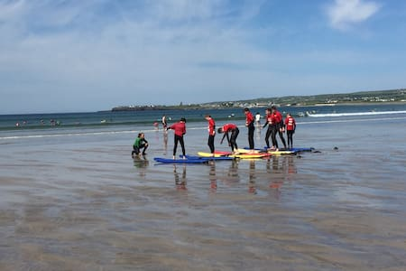 West Coast Lodge, Lahinch, BnB X 2. - Lahinch - Bed & Breakfast