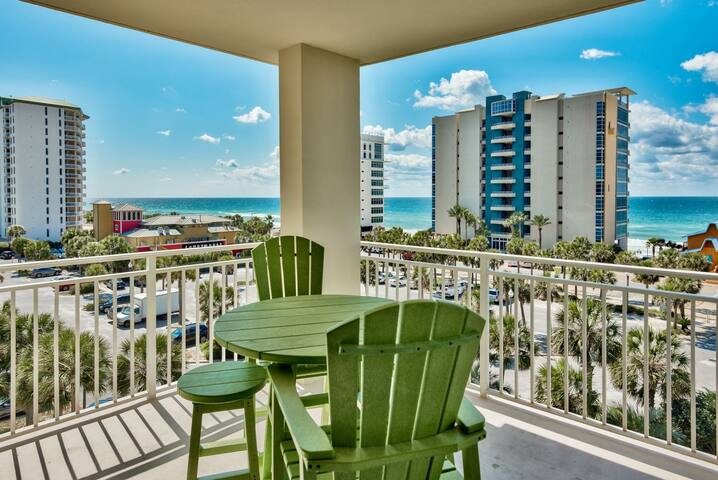 Southern Sol - Sterling Shores GEM!  3 Bedroom 3 Bath with fantastic Gulf Views from Fifth Floor