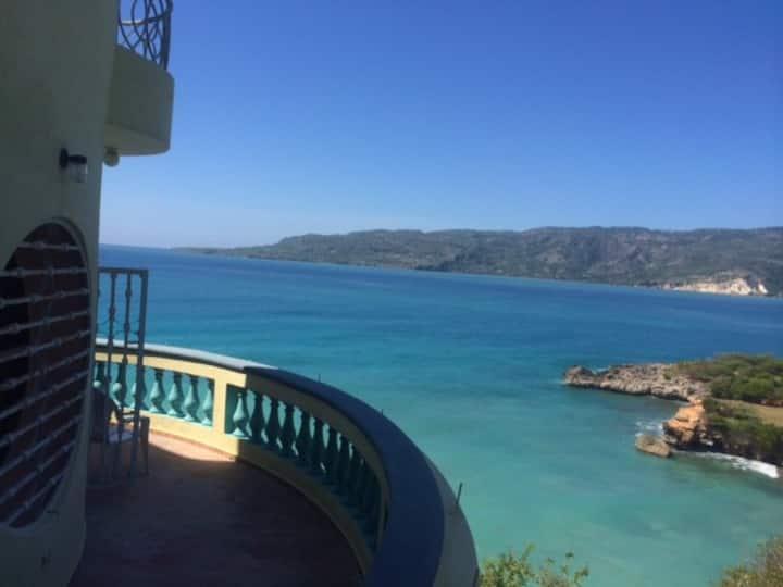 Jacmel Lamandou Grande suite privée villa sur mer