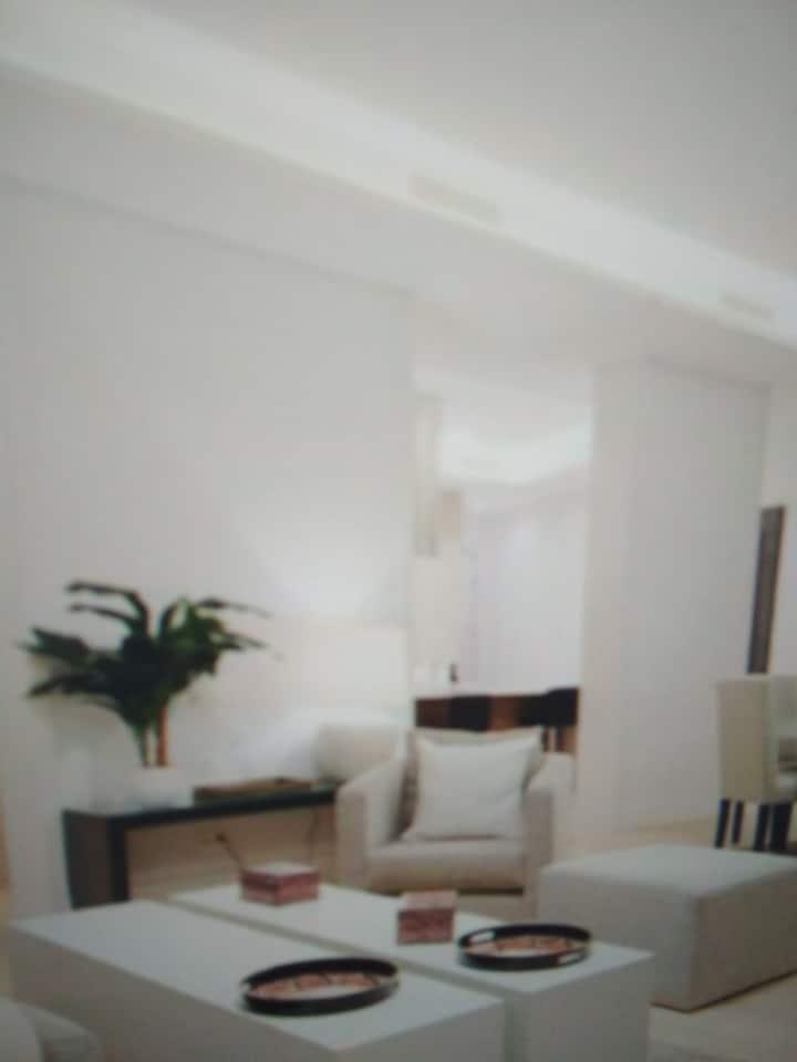 Owen Splendid Apartment