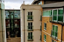 2 bed flat Central London 20 minutes. City/Excell