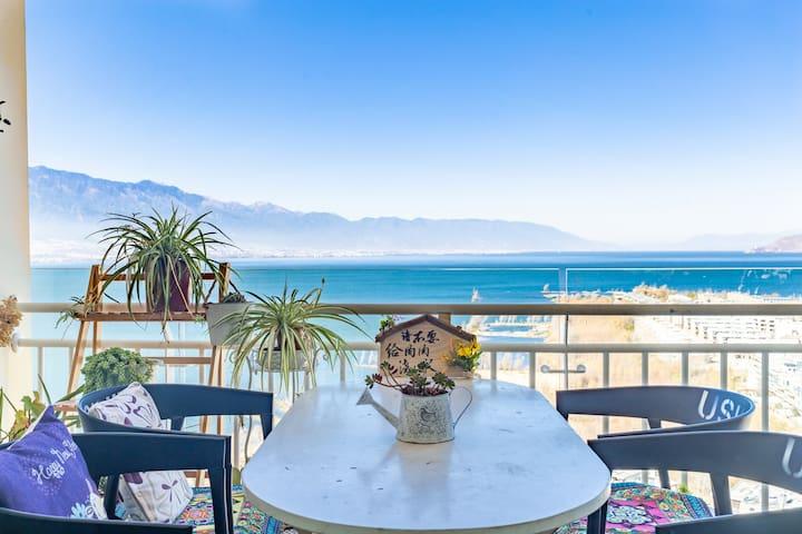 大理市区洱海边全海景复式公寓——正月姑娘零叁免费接站