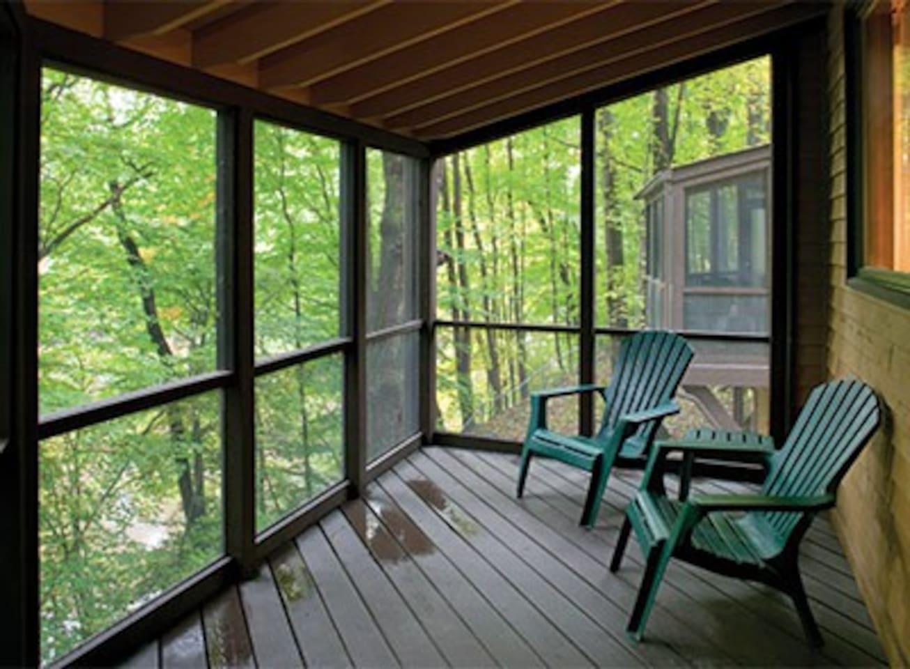 One-Bedroom Condo at Shawnee Village - Free WiFi!