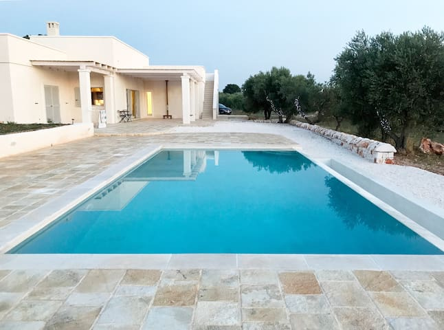 Designer Villa with Stunning Views and Large Pool