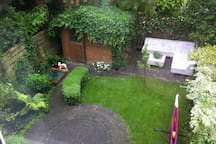 Lovely house with garden near centre of Amsterdam