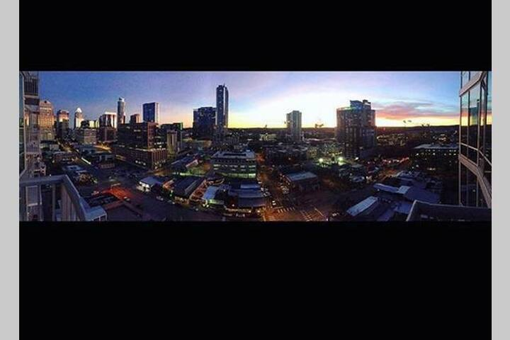 PRIVATE ROOM WITH AMAZING VIEWS - Austin - Apto. en complejo residencial