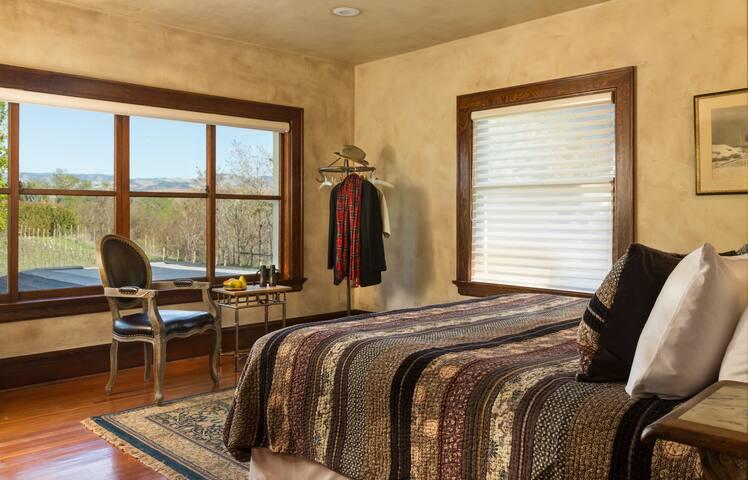 Vineyard Room at The Inn at Abeja