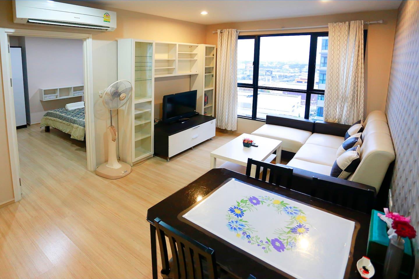 Recreational High Floor Condo @ Chaeng Wattana Rd. - Lyxvåningar ...