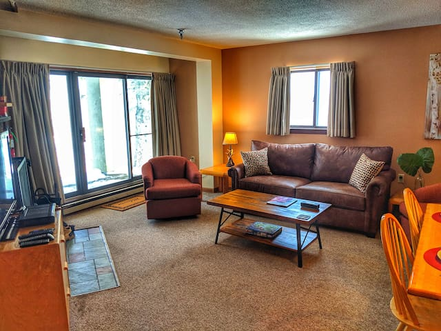 2 Bdrm Killington Condo w/ resort amenities