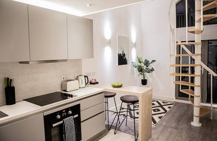 The Elegance Boutique 1 Bed Apartment By Opulent