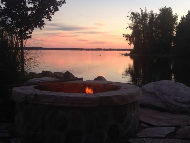 """The Lodge "":1000 Islands, Lake Ont,Salmon River"