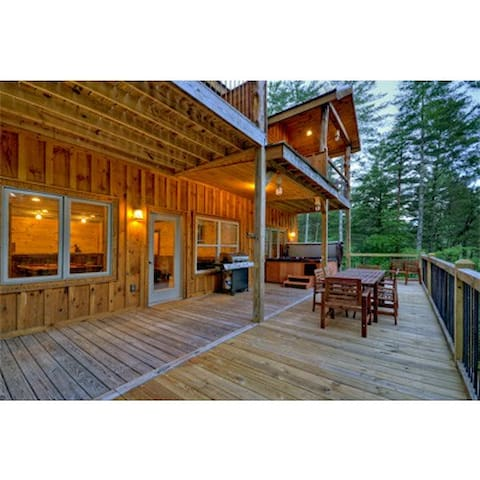 rentals in decorating southern com full of paulewog review comfort best amazing blue cabin the with cabins hawks throughout ga ridge size