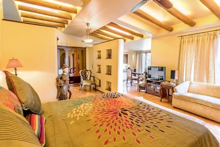 Luxury Suite for families/couples in Mahabaleshwar