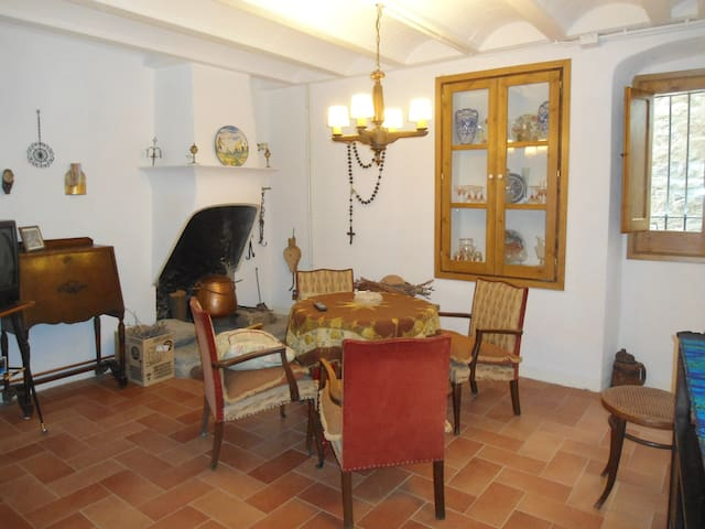 House with 3 bedrooms in Alpens-Catalunya