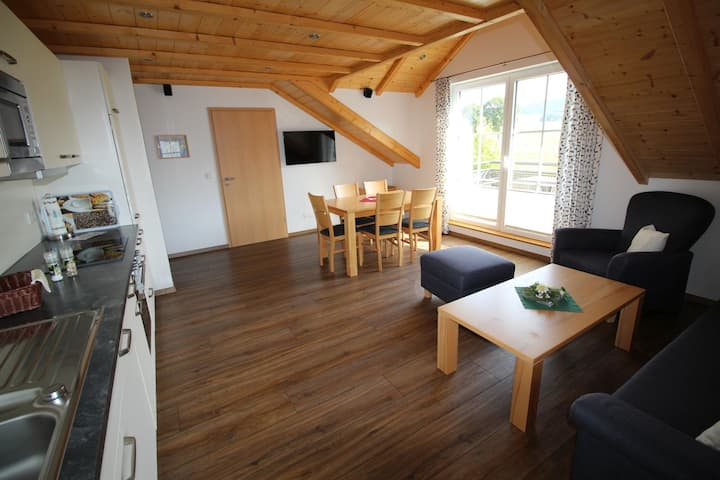 Ferienwohnungen Schellen Hof, (Sundern), 5 Schneeglöckchen, 60qm, 2 Schlafzimmer, max. 4 Personen