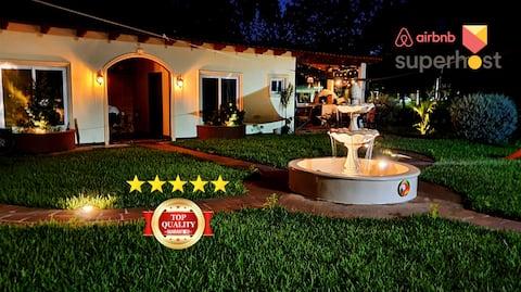 ☆ El Pueblito: Charming Luxury Apts - TOP LOCATION