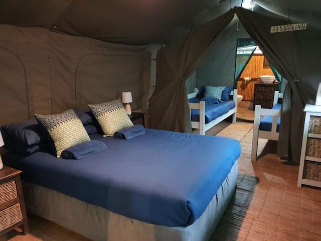 Safari Tent - Private Bathrooms