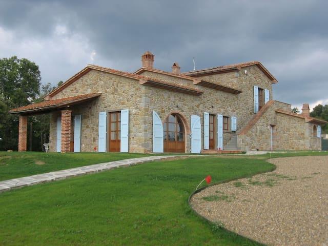 Villa Rossi - Castiglion Fiorentino - Villa