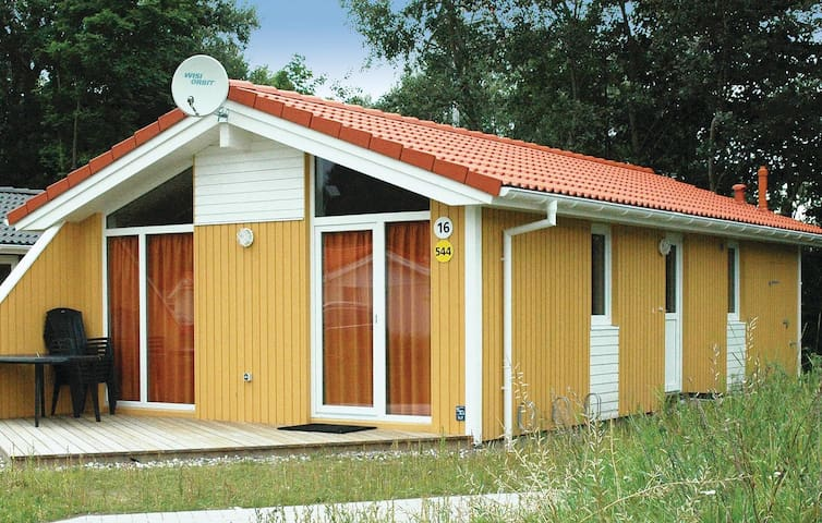 Holiday cottage with 2 bedrooms on 58m² in Travemünde-Priwall