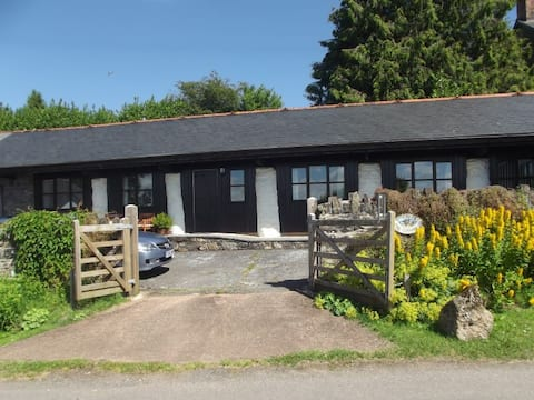 The Cowshed, near Dulverton | sleeps 4