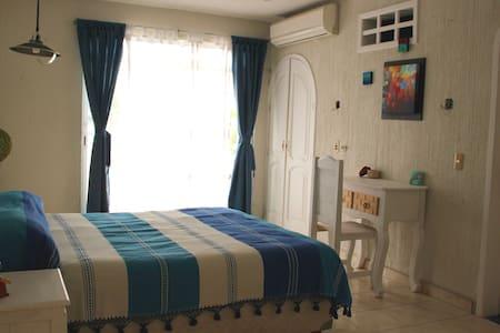 Room with private bathroom in Tuxtla Gutiérrez