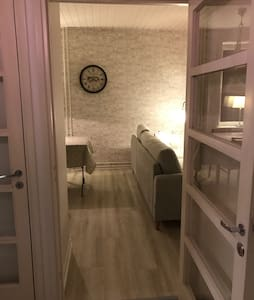 Täysin uusittu yksiö keskustassa - Hamina - Apartmen