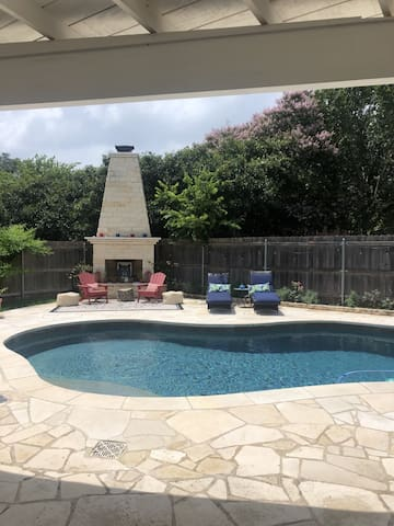 Close to DT and a refreshing pool available
