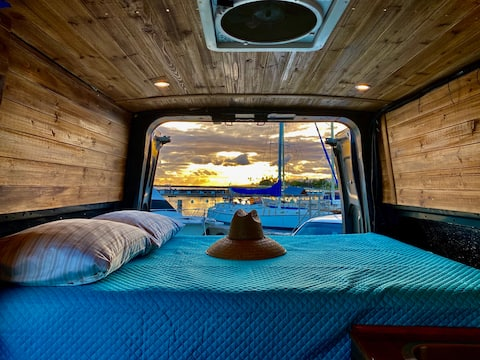 CAMPER VAN with a View of Your Choice