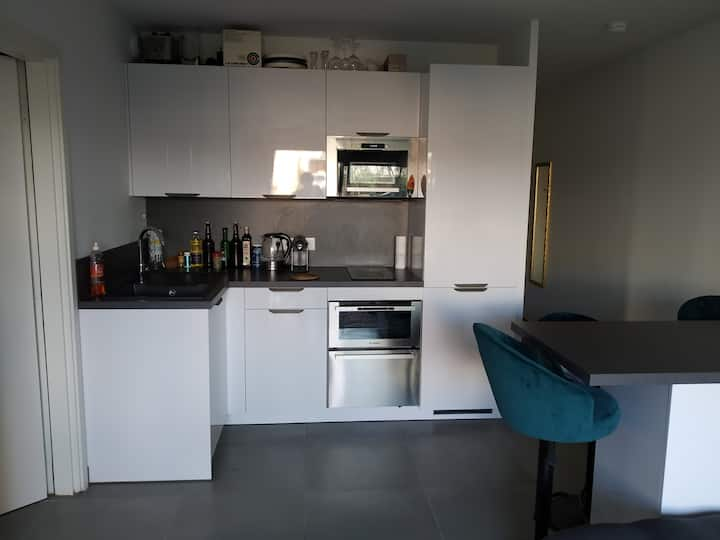 Appartement calme et agréable à Antibes
