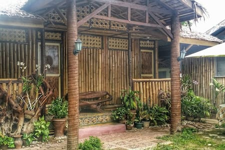 Cocoboo house(Coconut-Bamboo House) - Mati - Haus