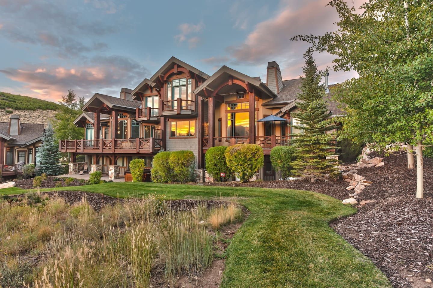 Park City Mountain View - A 4,391 Square Foot Home Located in Park Meadows with Four Bedrooms - All with Private Bathrooms