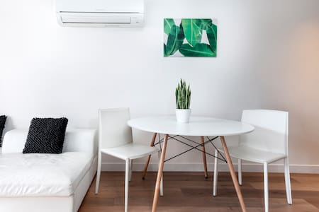 SOUTH YARRA NEW APARTMENT 2BED+WIFI+CARPARK - South Yarra