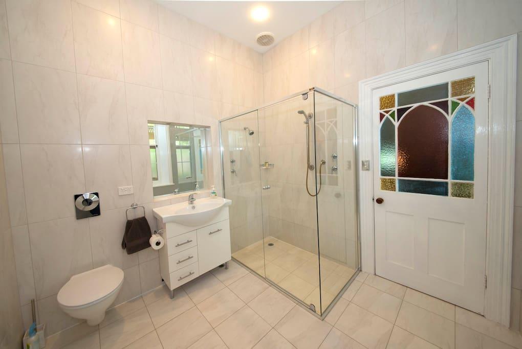 Princess Suite Bathroom