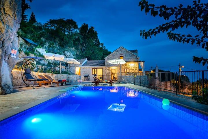 Villa Stone-Exceptional private Estate
